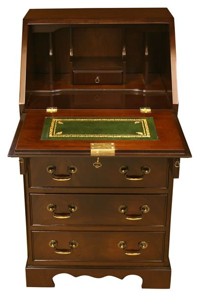 reproduction_ladies_bureau_mahogany_yew